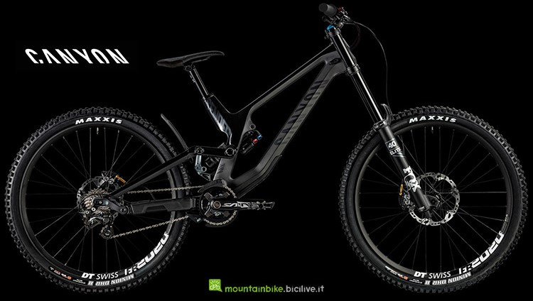 mountain bike da downhill Canyon Sender CF 8.0 catalogo 2019