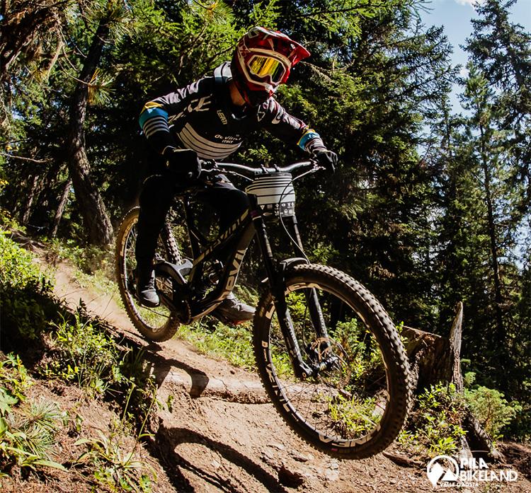 discesa atleta campionati giovanili estivi bici pila 2019