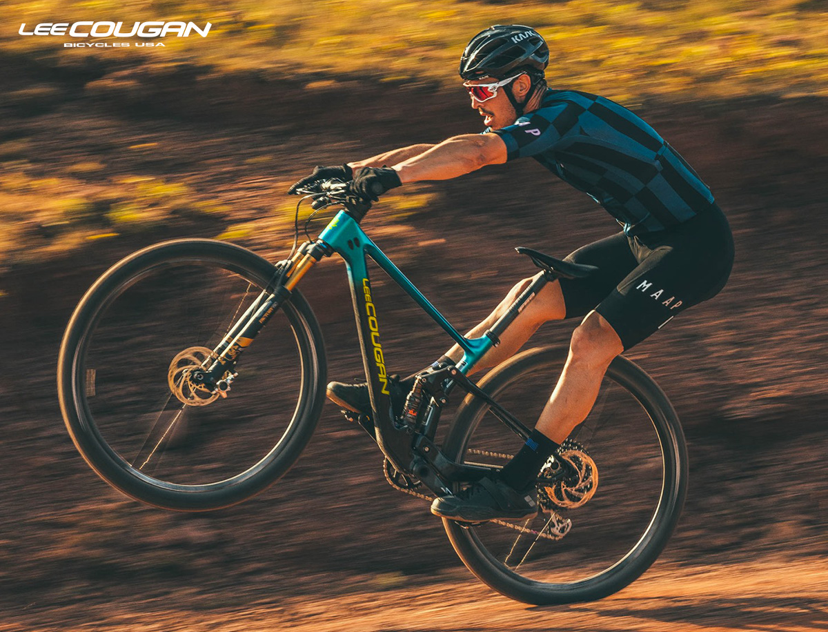 Una mtb Lee Cougan Crossfire Air Launch Edition 2020 in azione