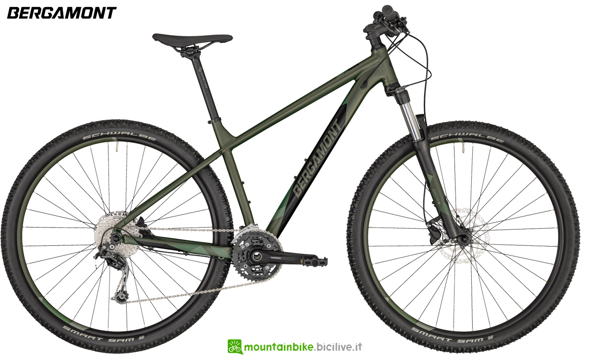 Una mountain bike hardtail Bergamont Revox 5