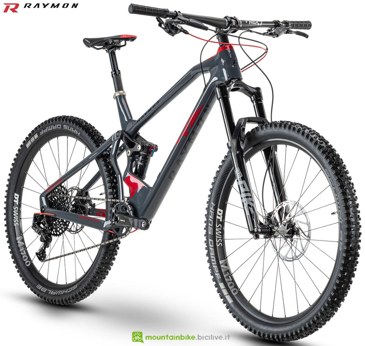 Una bici mtb R Raymon Fullray 10.0 2020