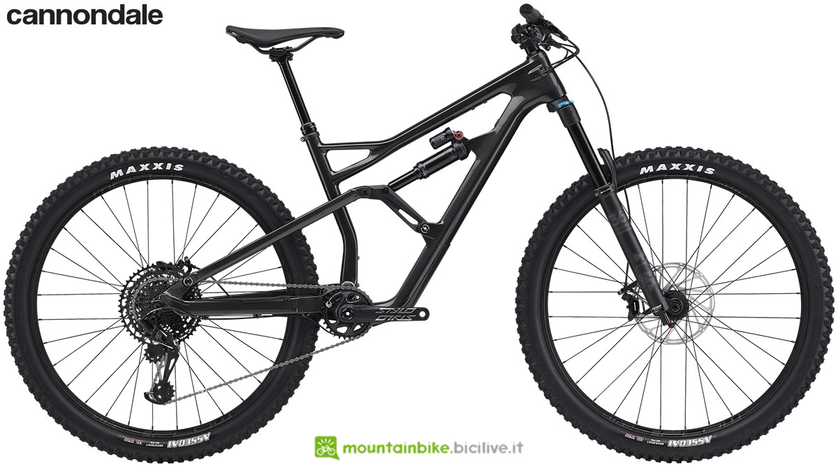 Una mountain bike biammortizzata Jekyll Carbon anno 2020