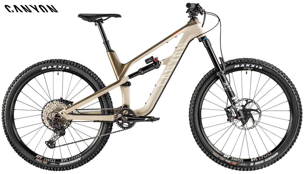Una mtb full suspended Canyon Spectral CF 8.0 gamma 2020