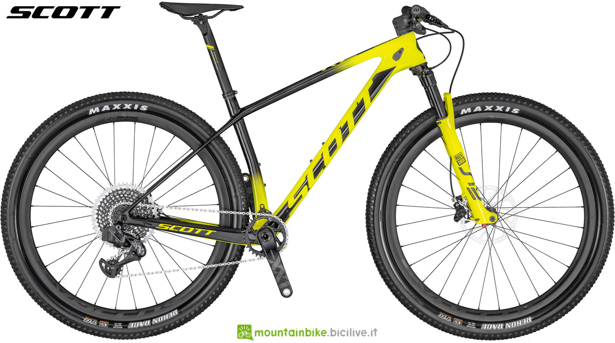 Una mountain bike hardtail Scott Scale RC 900 WORLD CUP AXS