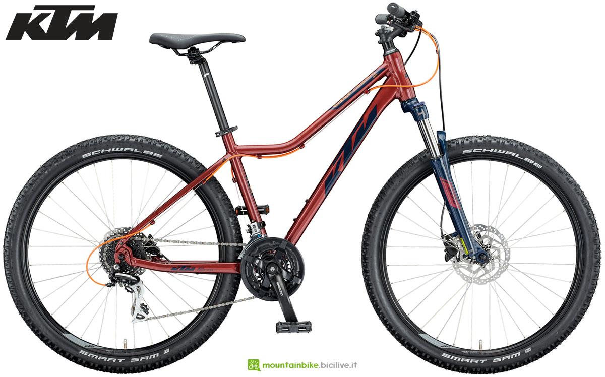 Una bici KTM Penny Lane Disc 27 2020