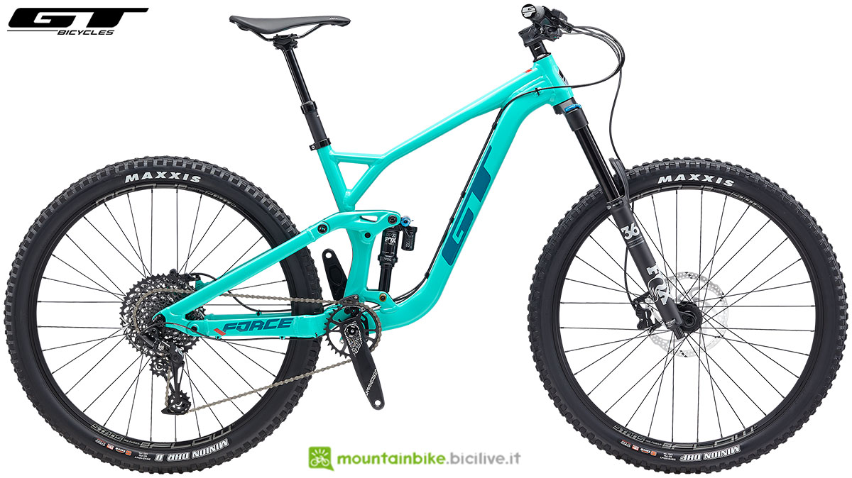 Una mountain bike biammortizzata GT Force 29 Expert anno 2020