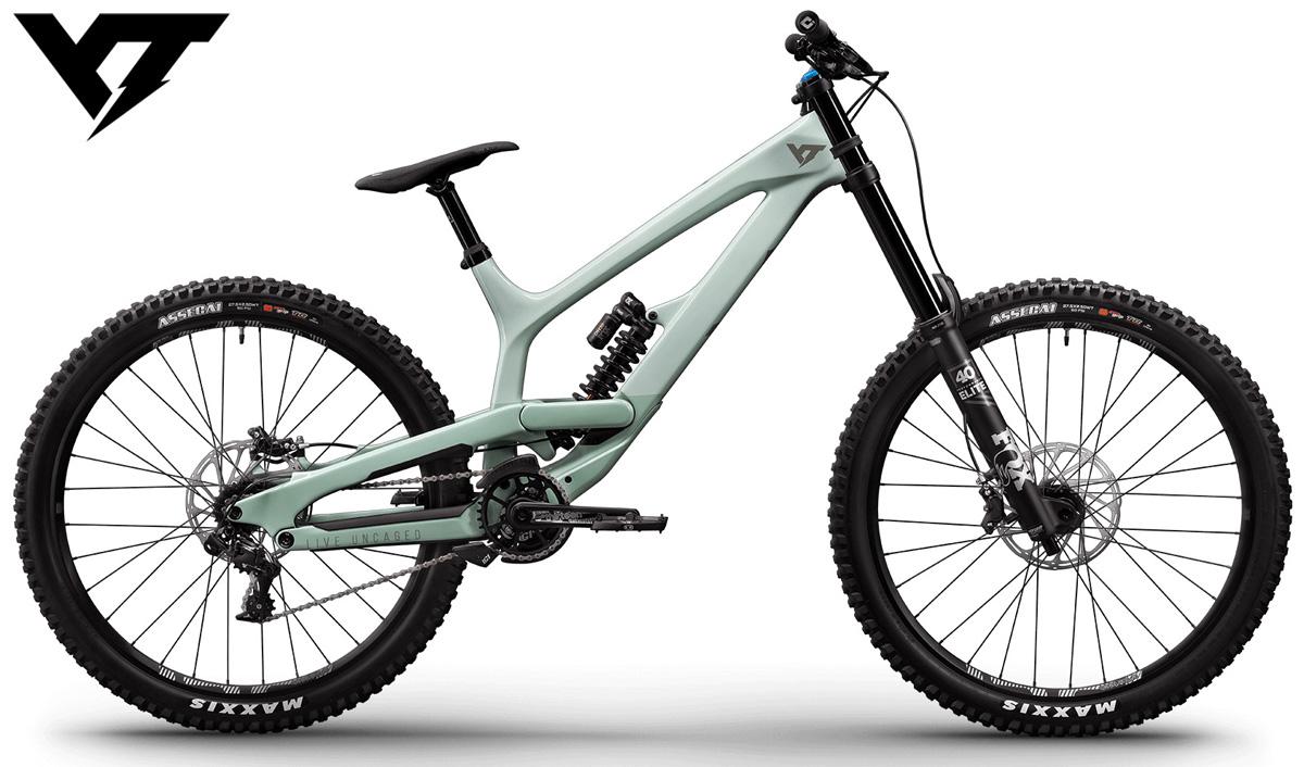 Una mountain bike full da downhill YT Tues Pro gamma 2020