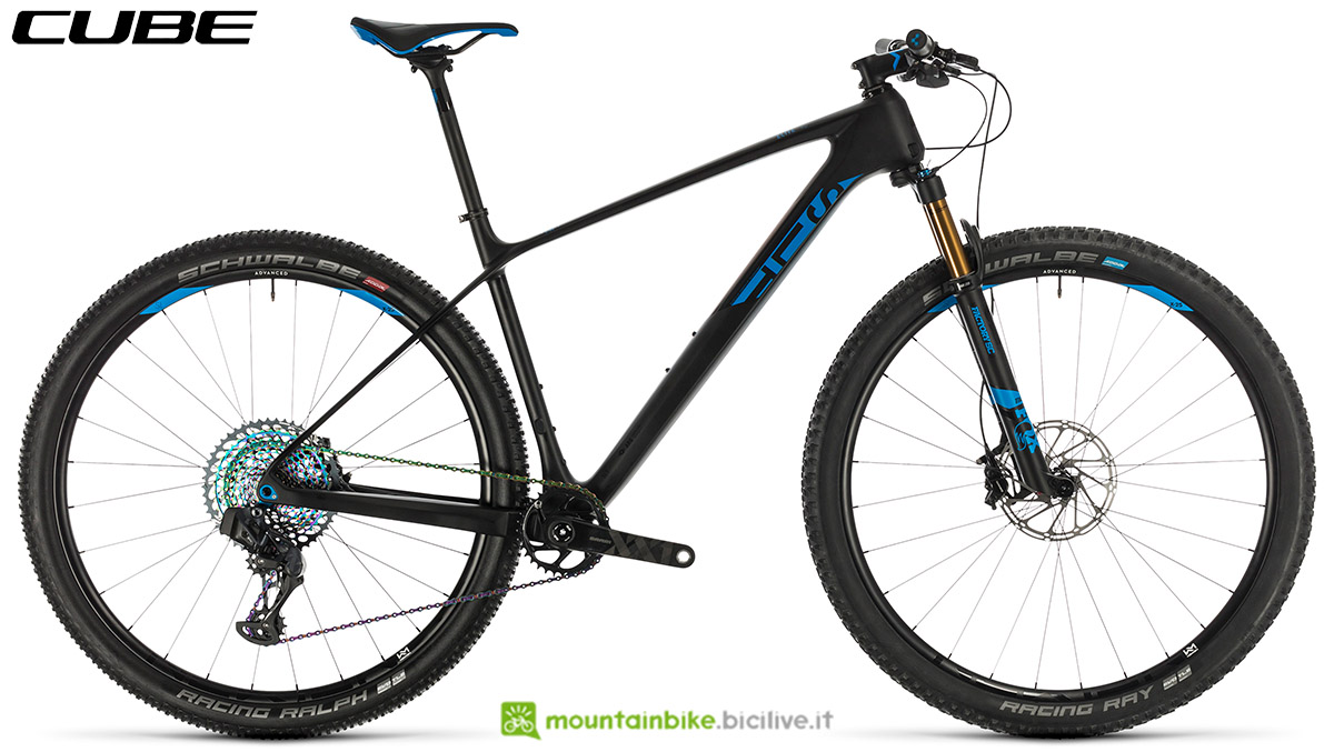Una bici Cube Elite C:68X SLT 2020