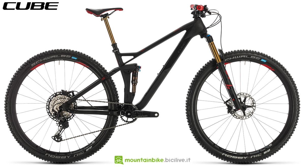 Una bici Cube Stereo 120 HPC SLT 29 2020