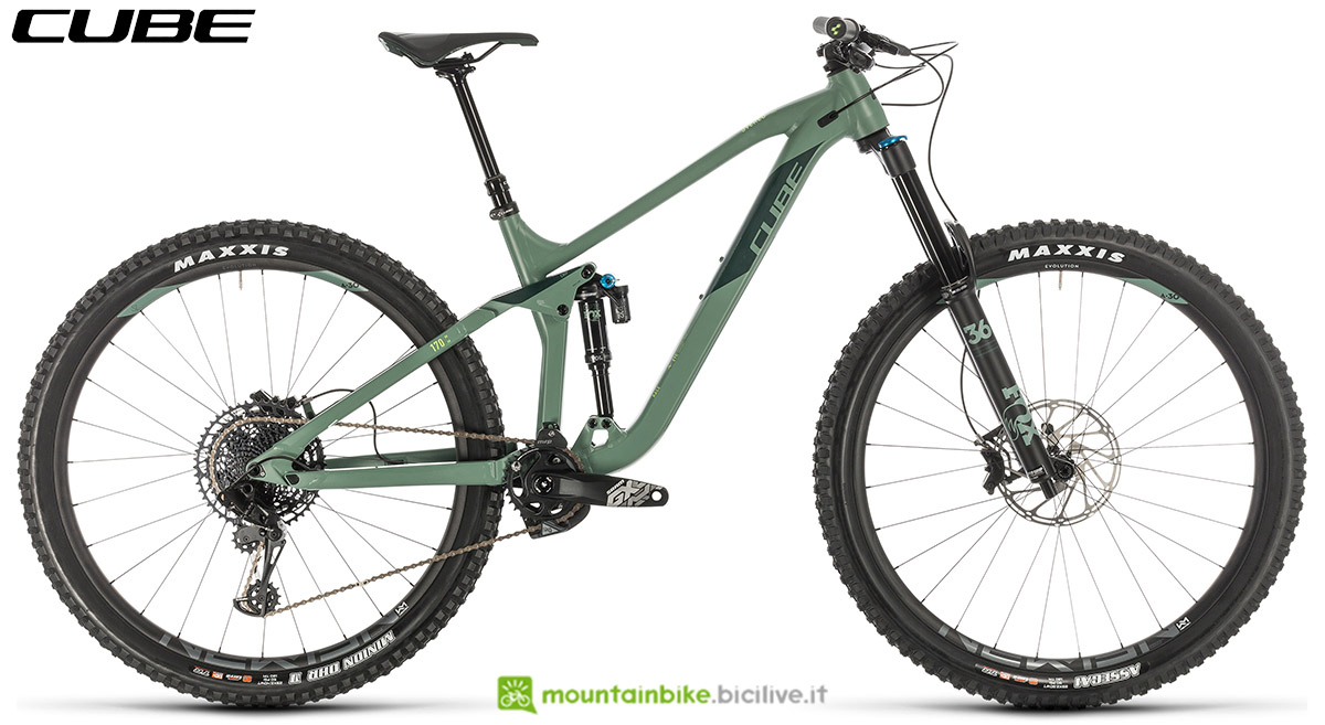Una bici Cube Stereo 170 Race 29 2020