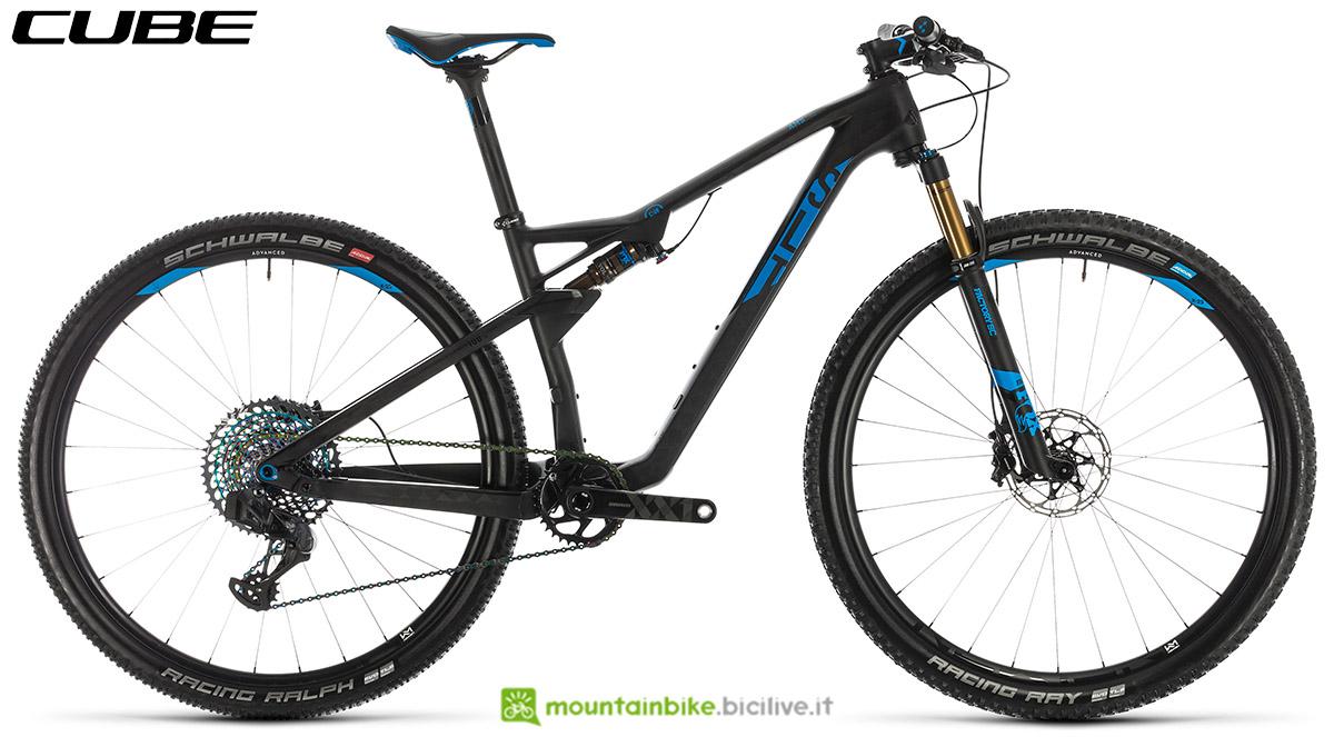 Una bici Cube AMS 100 C:68 SLT 29 2020