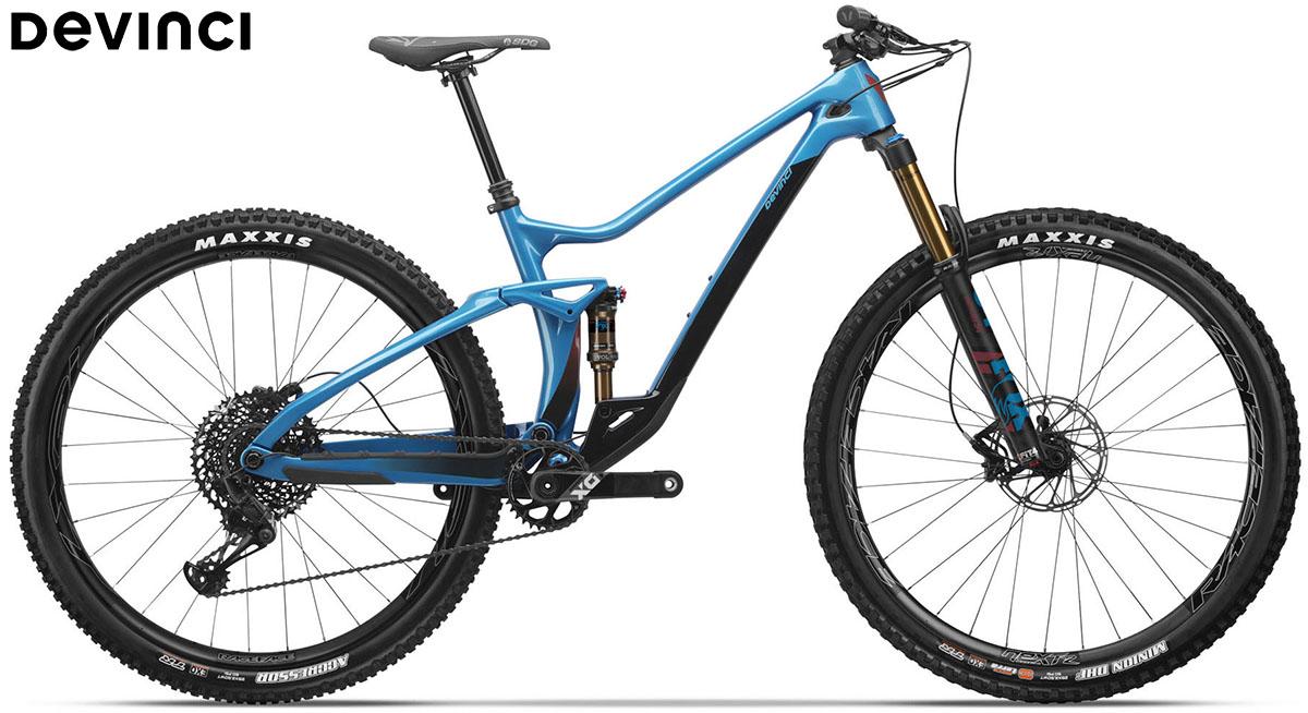 Una bici Devinci Django carbon 29 X01 Lunar Blue 2020