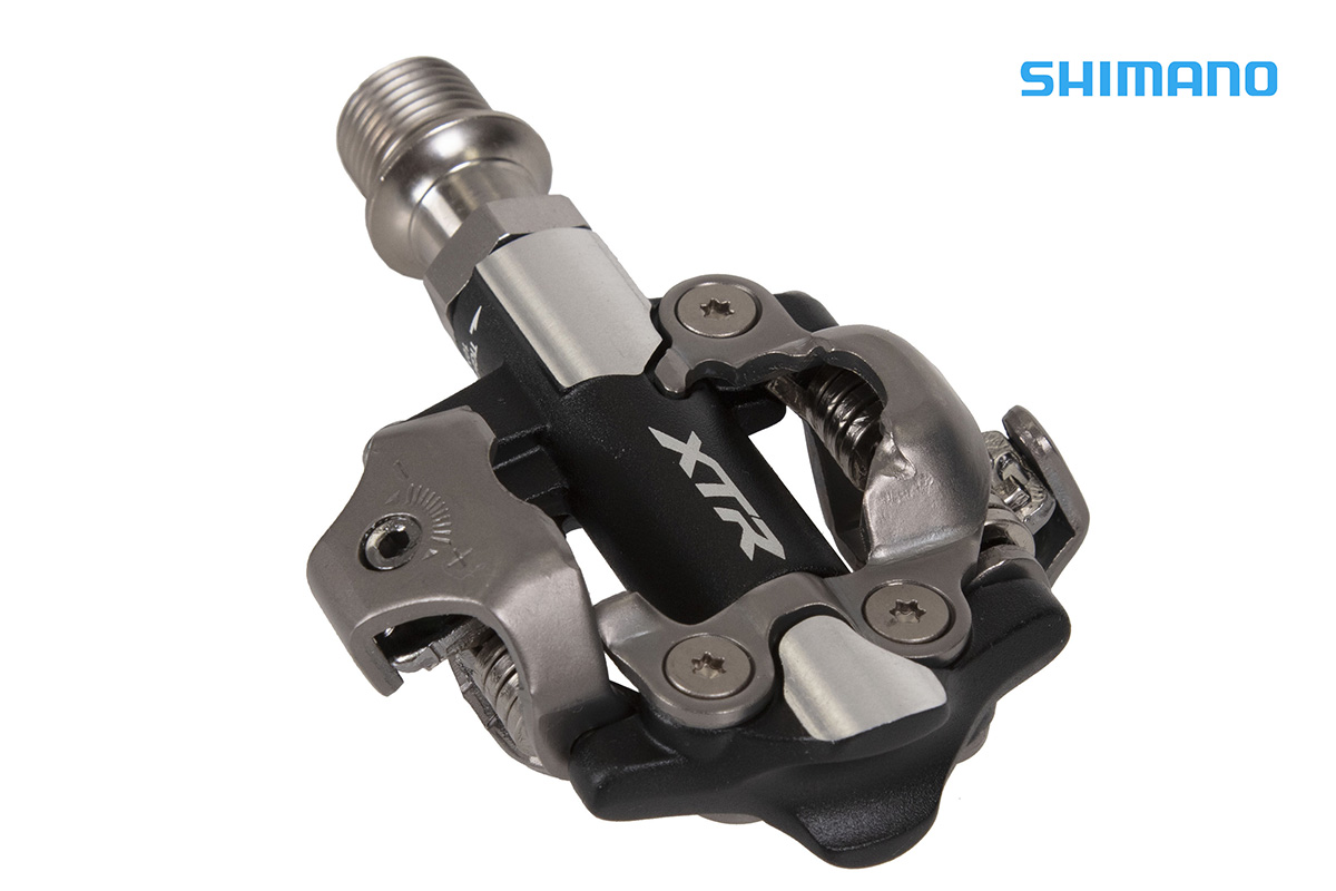 un pedale della Shimano XTR PD-M9100