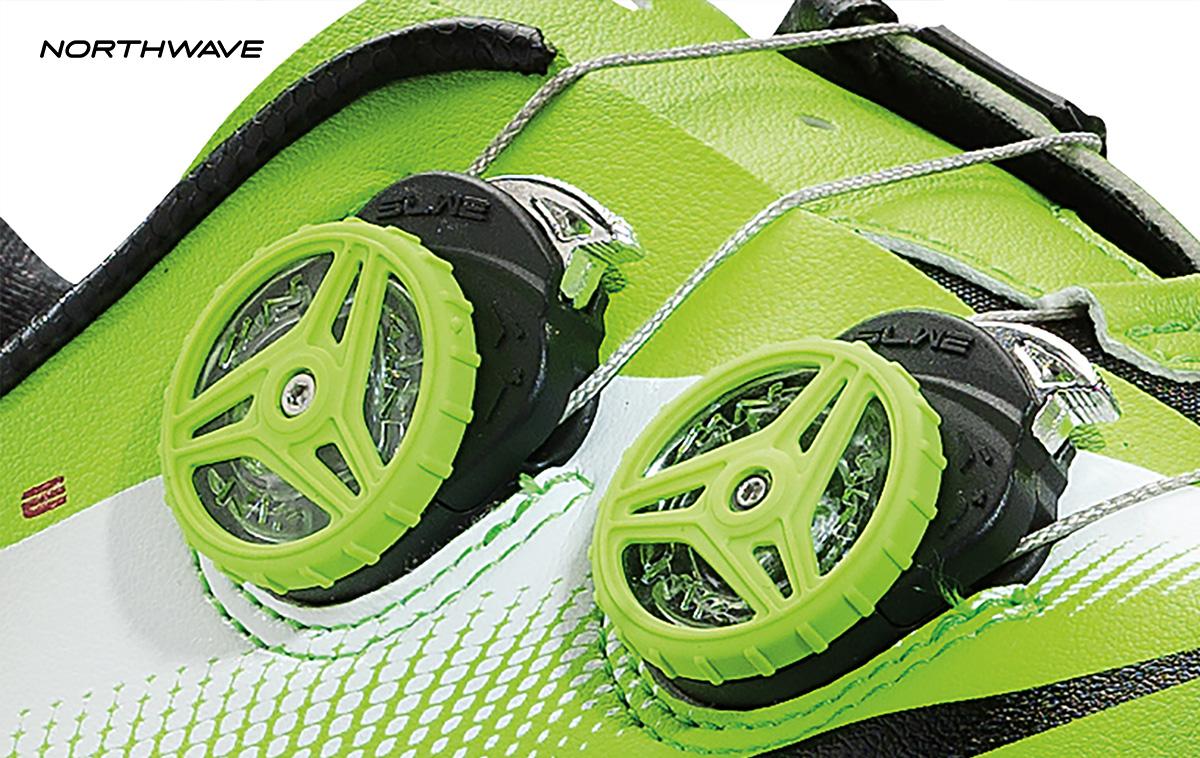 dettaglio scarpa