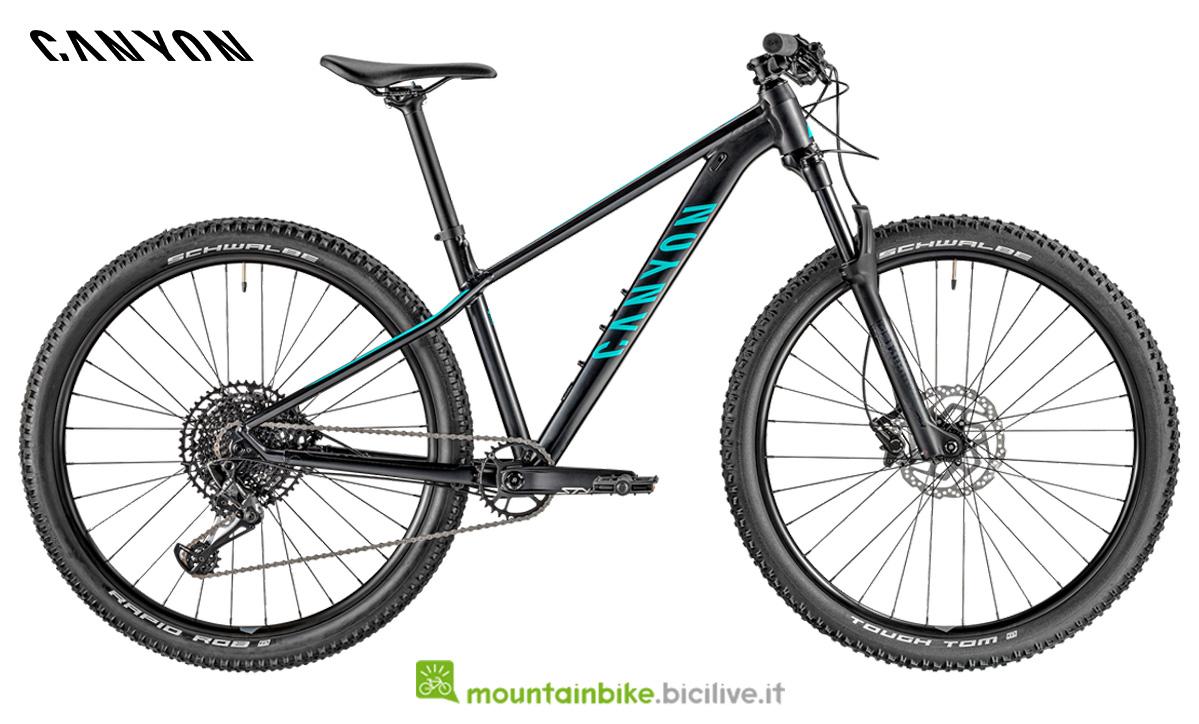 Una bici Grand Canyon WMN AL SL 7.0 di profilo