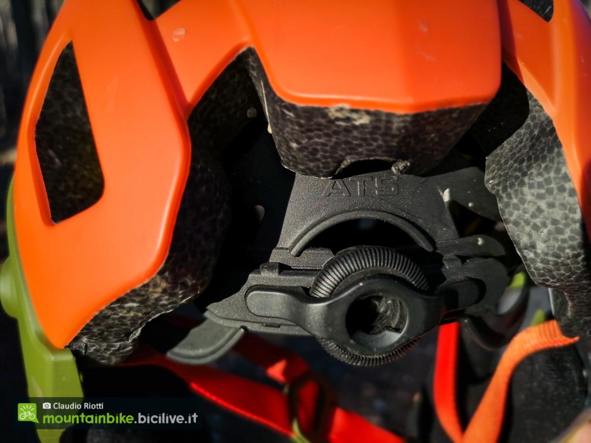 foto del casco lazer mtb