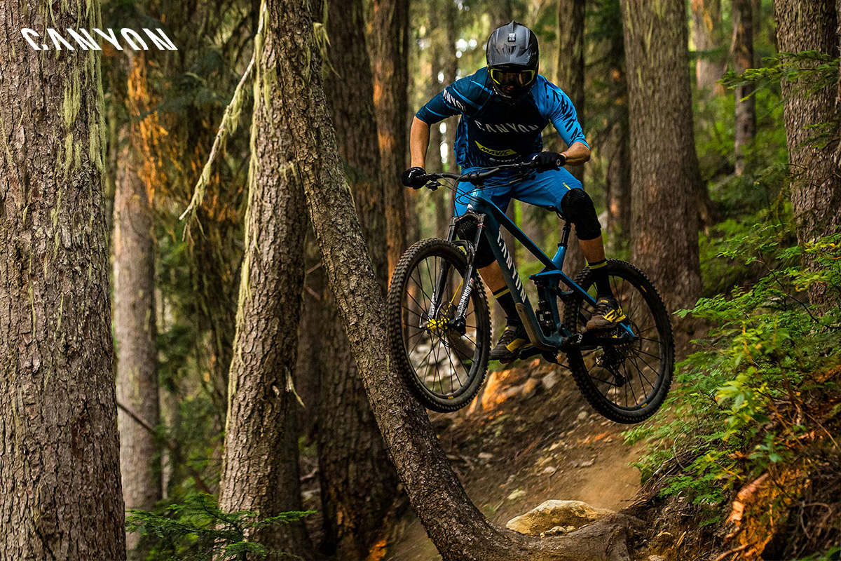 Una mountain bike Canyon gamma 2020 in azione