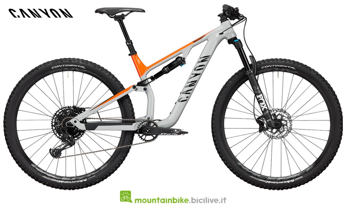 Una mountain bike Neuron AL 7.0 vista lateralmente