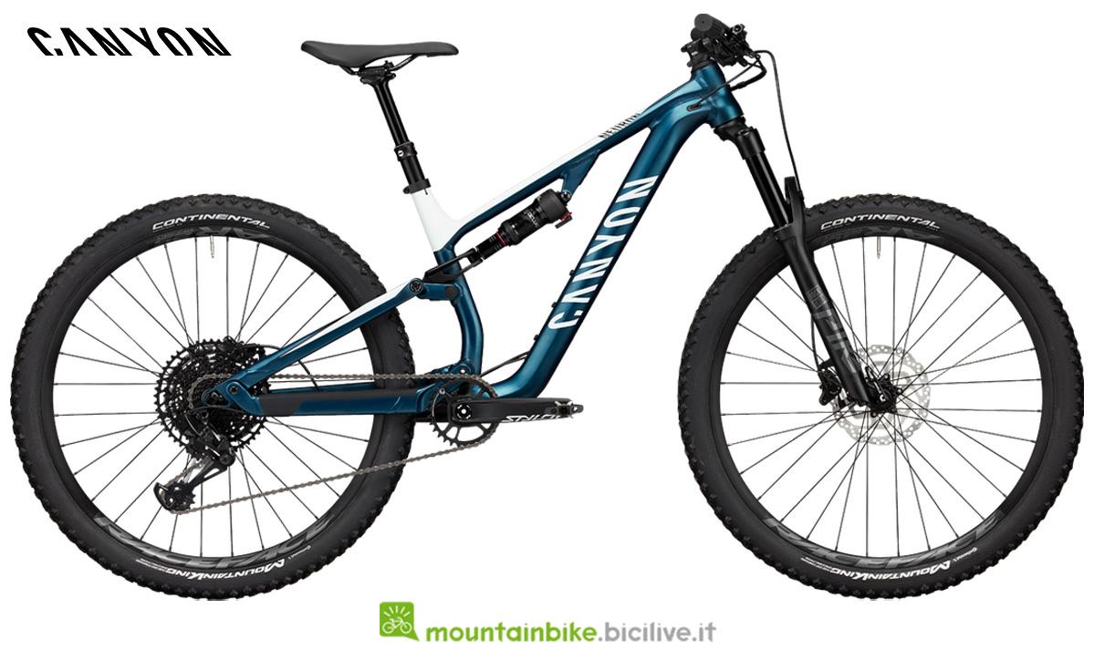 Una bici da offroad Canyon Neuron WMN AL 7.0 di profilo