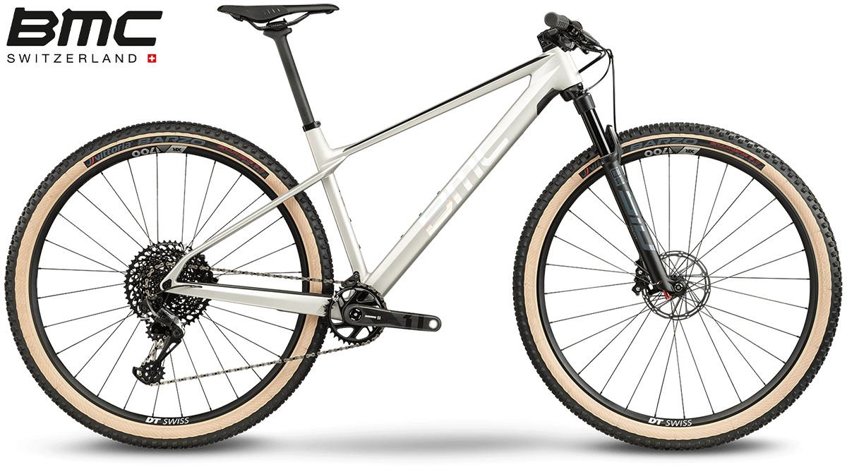 La nuova mountain bike BMC Twostroke 01 One 2021