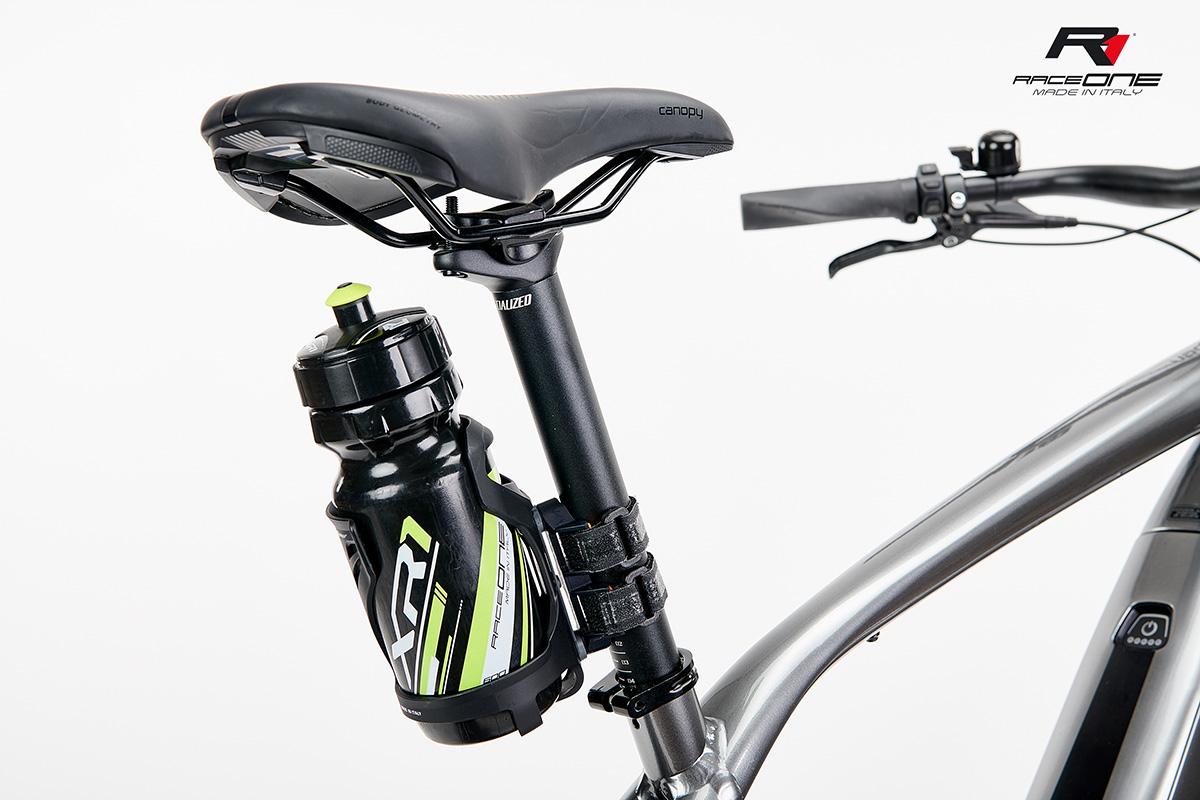 Il sistema universale Jeko per il montaggio del portaborracce sulla bici e il portaborracce Raceona Kela