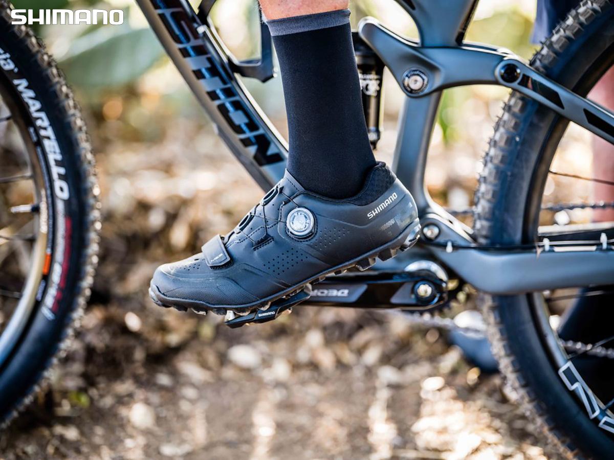 Il nuovo modello di scarpa per mountain bike Shimano ME5 2021