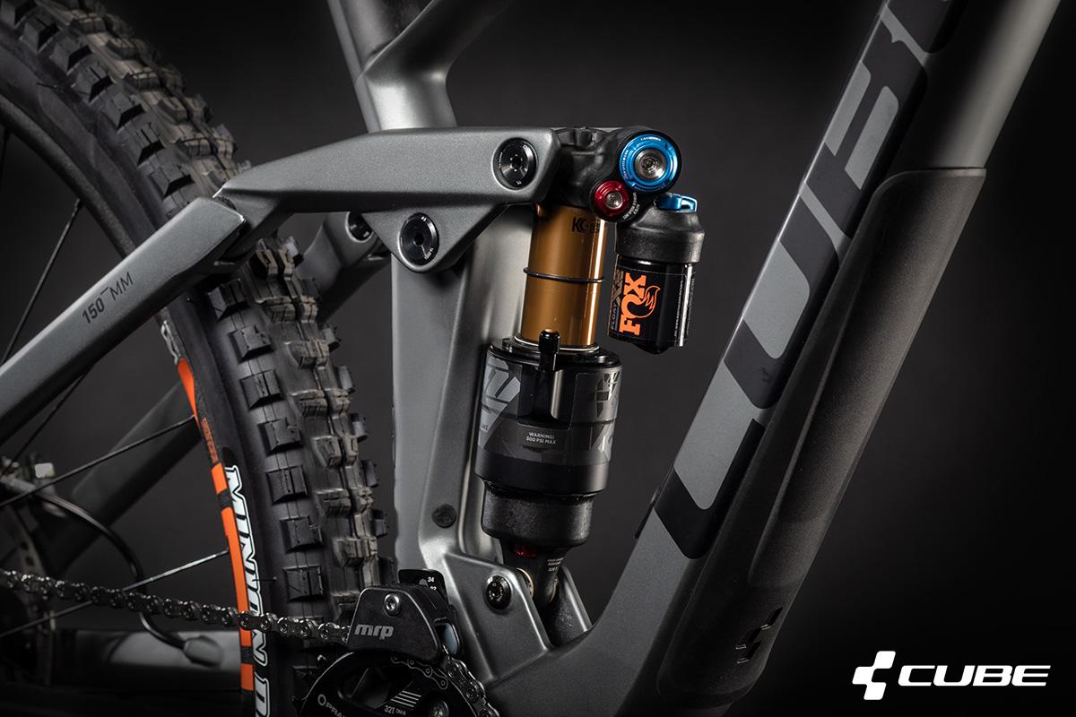 Ammortizzatore Fox installato sulla mountain bike Cube Stereo 150 C:68 TM 2021