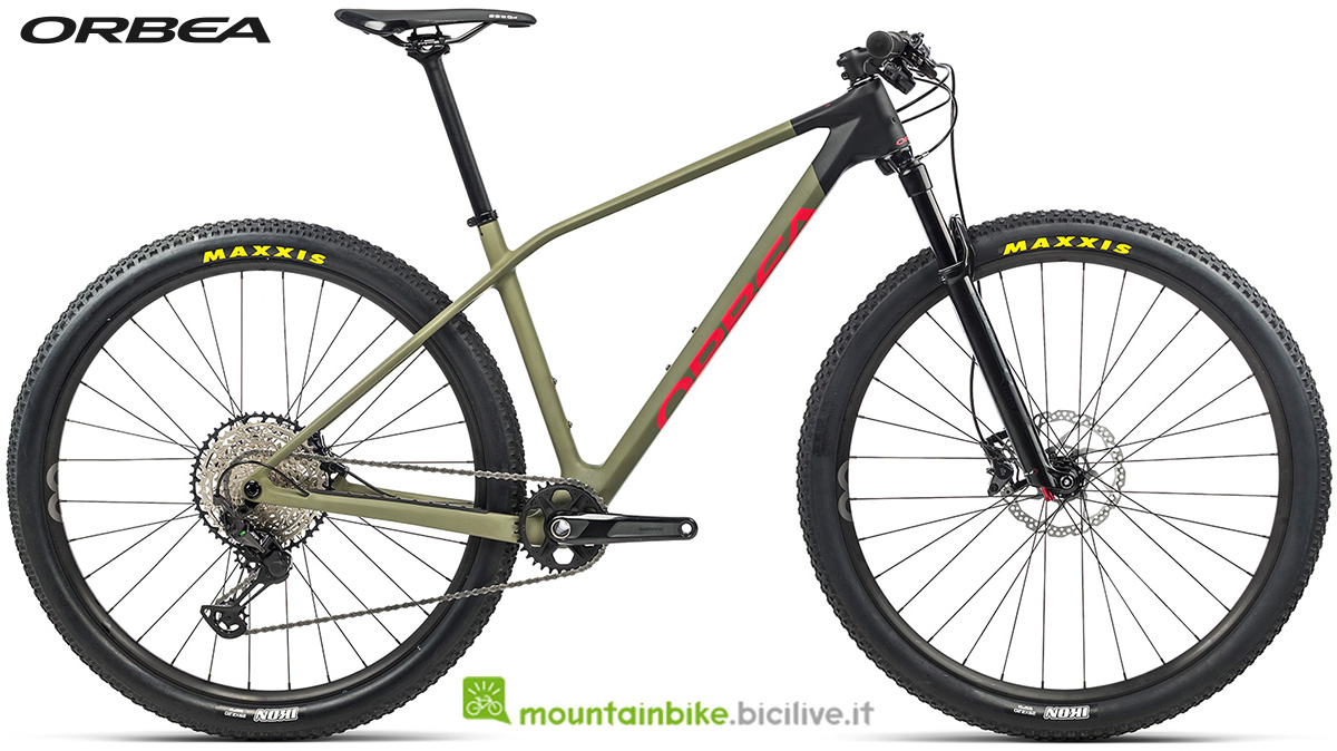 La nuova mountain bike front suspended Orbea Alma M30 2021