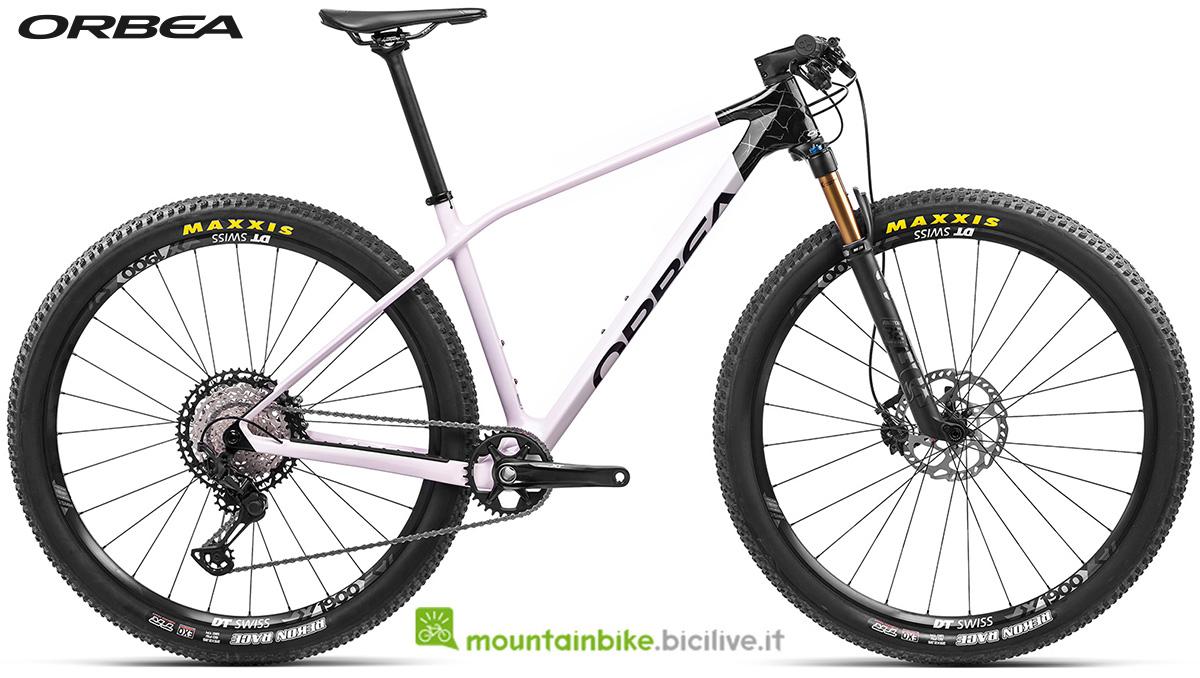 La nuova mountain bike front suspended Orbea Alma M Pro 2021