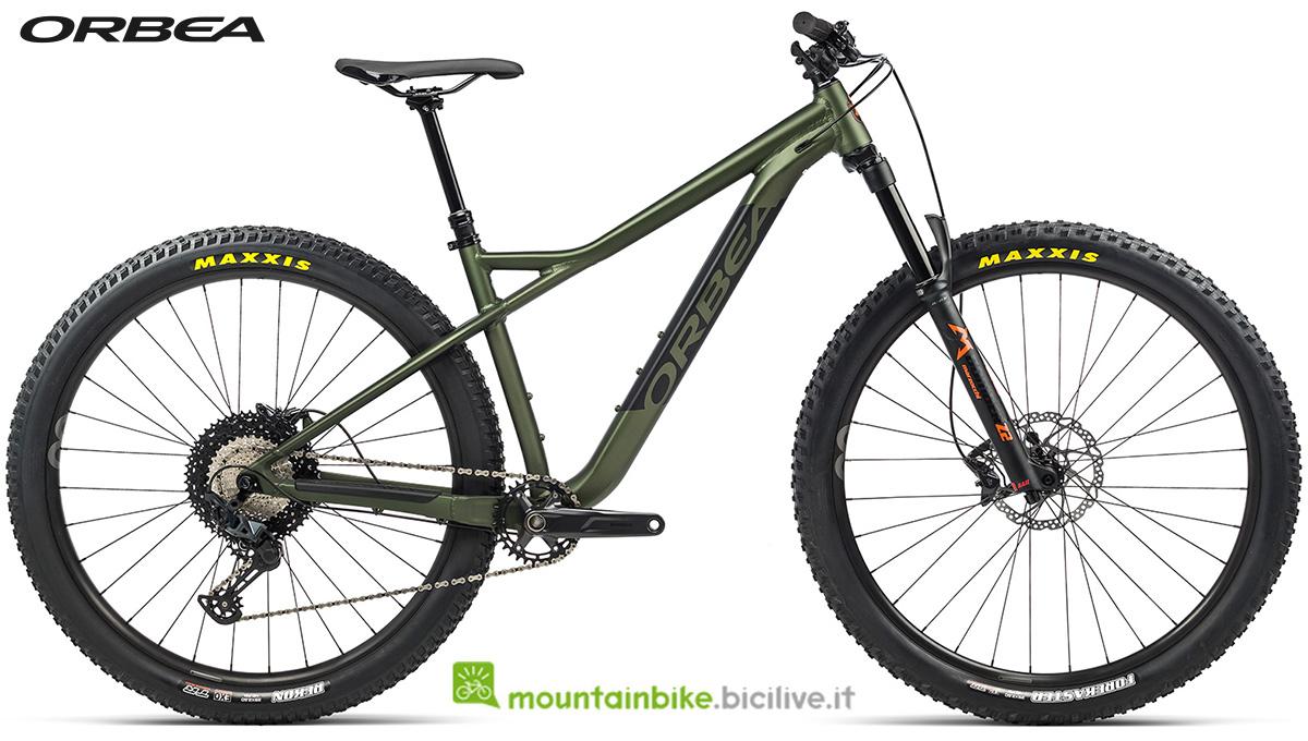 La nuova mountain bike front suspended Orbea Laufey H 10 2021