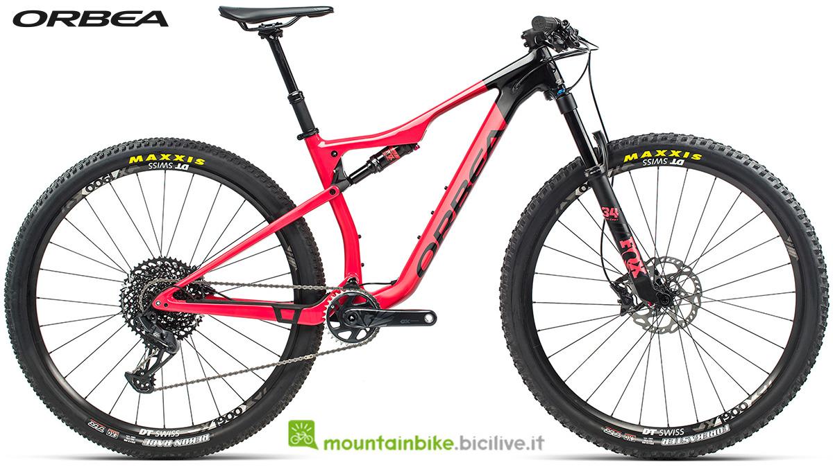 La nuova mountain bike biammortizzata Orbea Oiz M20 TR 2021