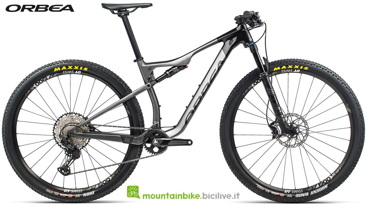 La nuova mountain bike biammortizzata Orbea Oiz M30 2021