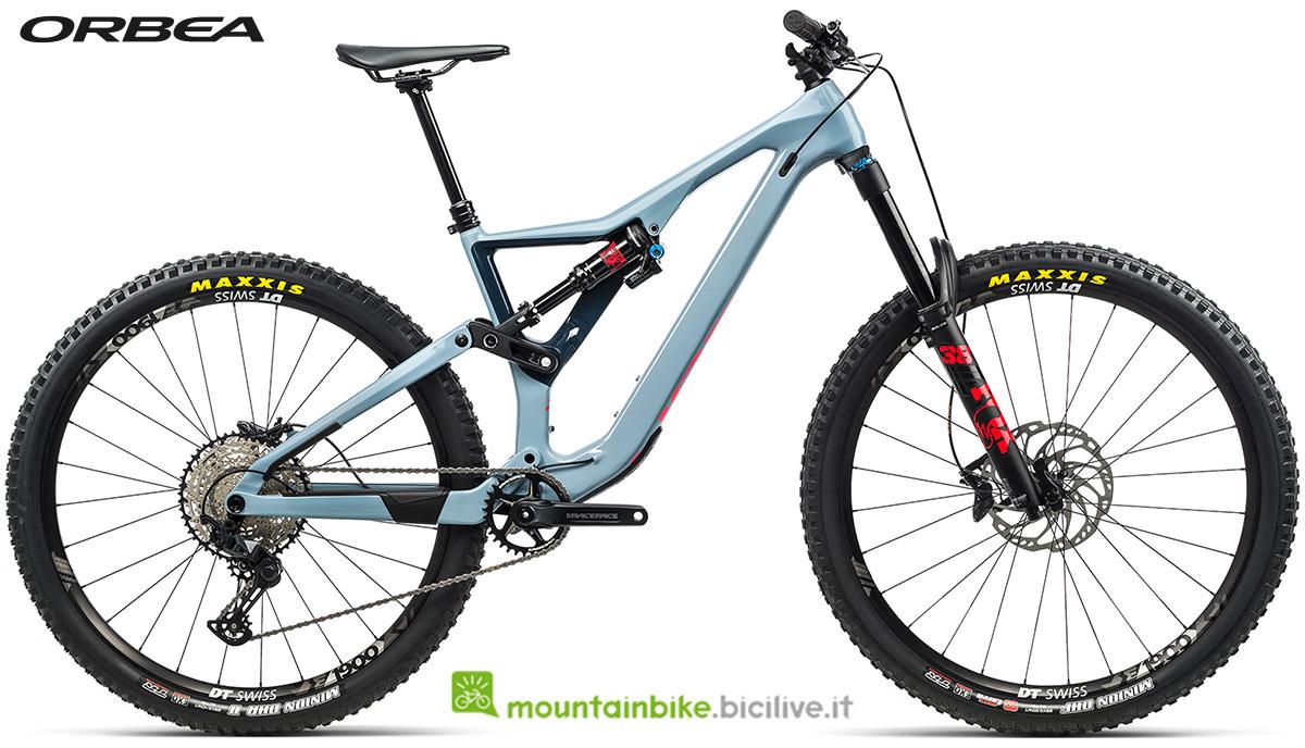 La nuova mountain bike biammortizzata Orbea Rallon M20 2021
