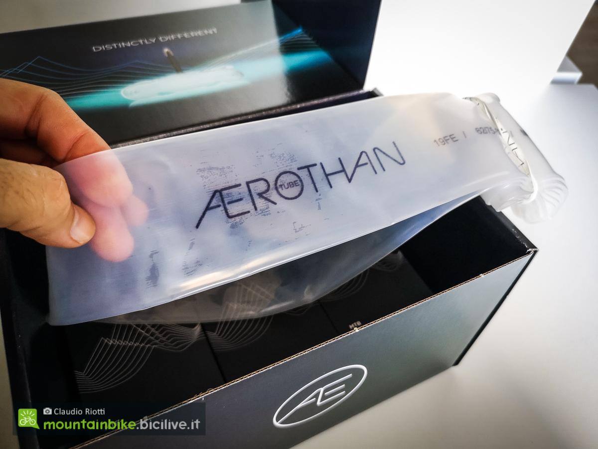 Foto della confezione delle Schwalbe Aerothan arrivate in redazione