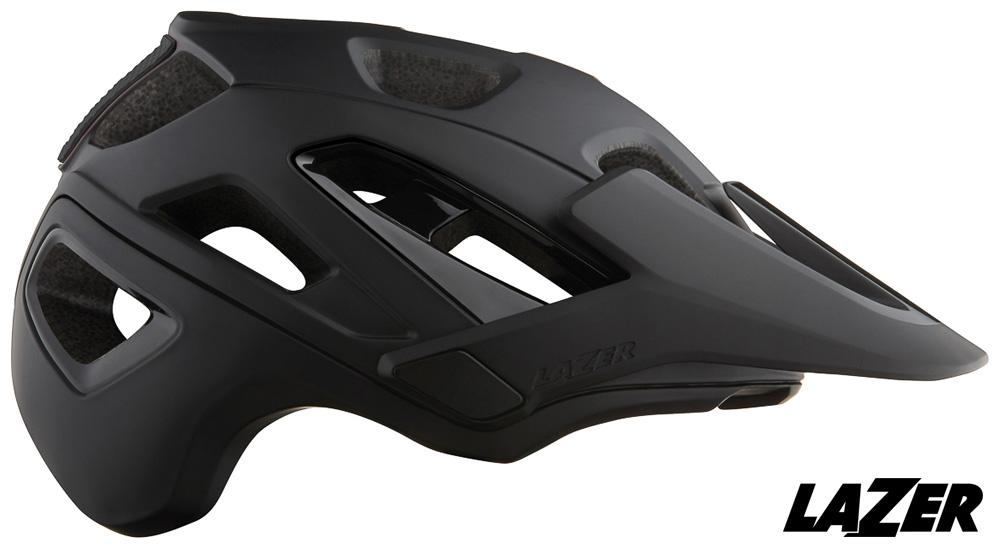 Un casco Lazer Jackal per rider mountain bike visto di profilo