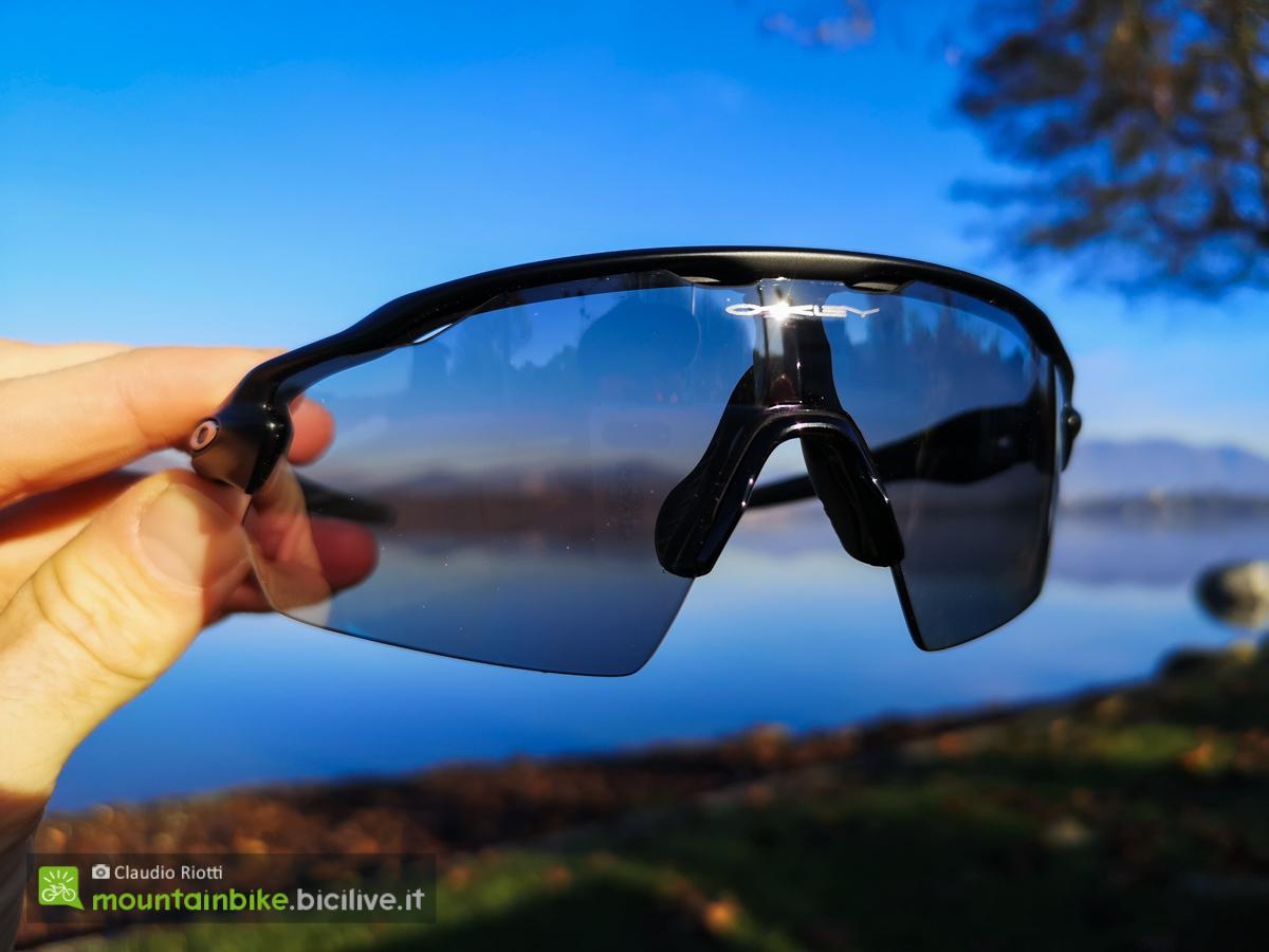 Foto dell'occhiale Oakley radar Ev Pitch