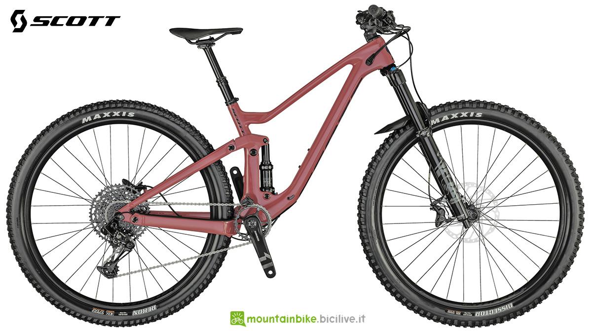 La nuova mountainbike full Scott Contessa Genius 910 2021