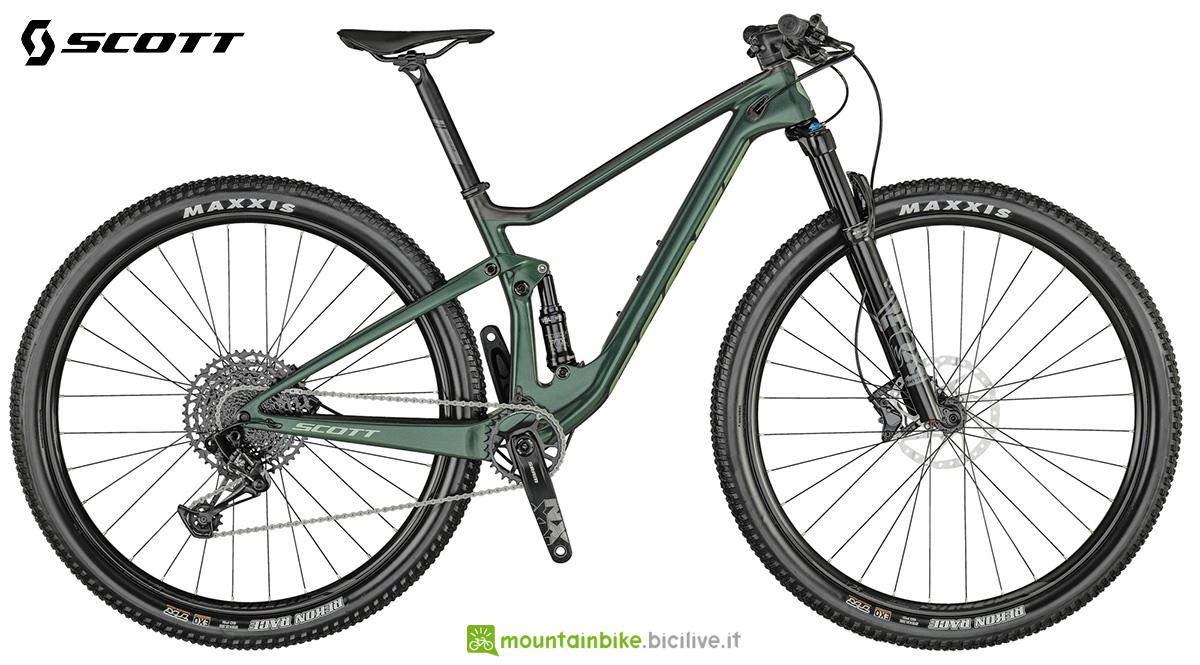 La nuova mountainbike biammortizzata Scott Contessa Spark RC 900 Comp 2021