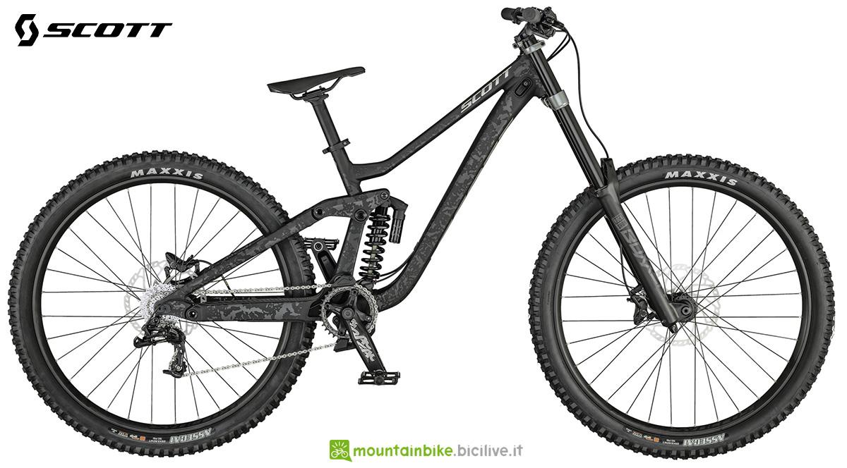 La nuova mountainbike full Scott Gambler 930 2021