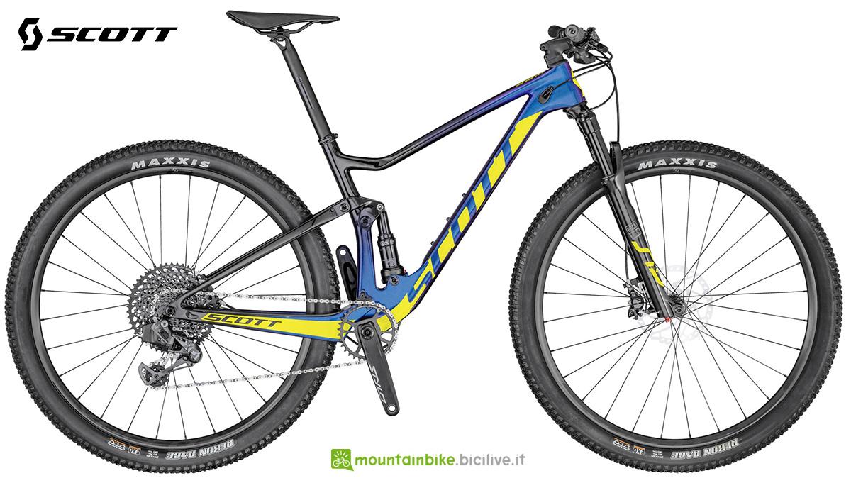 La nuova mtb biammortizzata Scott Spark RC900 Team Issue AXS 2021