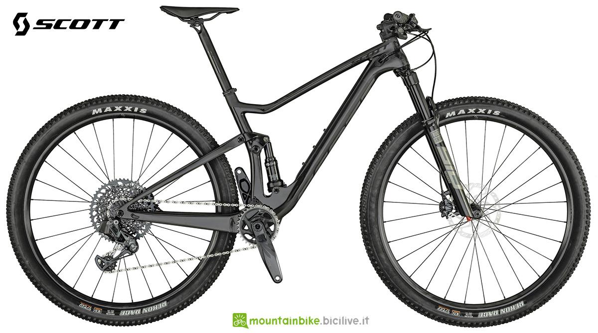 La nuova mountainbike full Scott Spark RC900 Team Issue AXS Carbon 2021