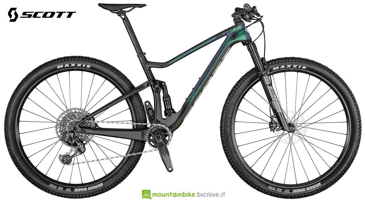 La nuova bici mtb Biammortizzata Scott Spark RC900 Team Issue AXS PRZ 2021