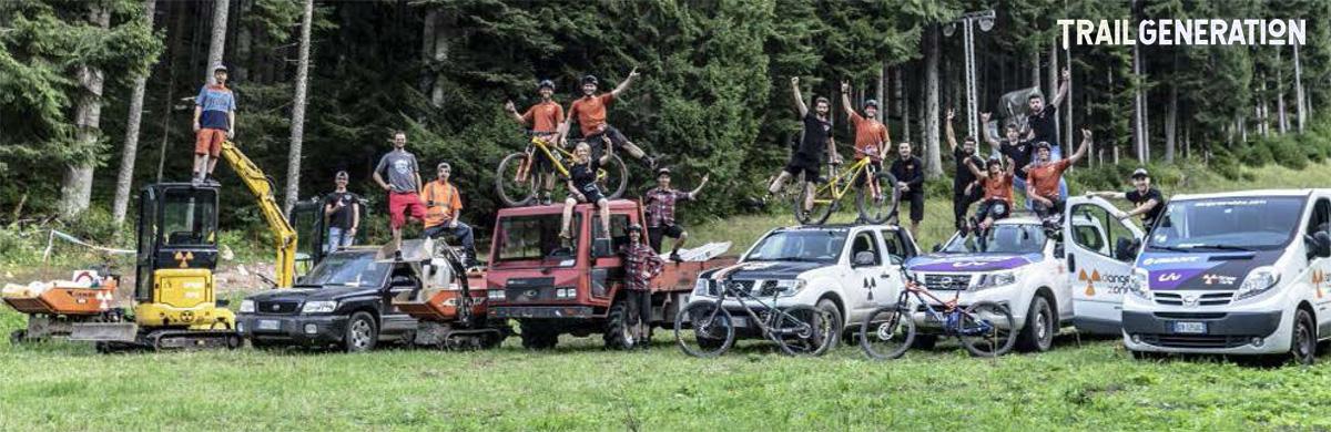 Il parco mezzi e lo staff di professionisti del trail building di Trail Generation