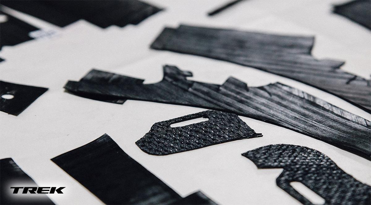 Dettaglio dei fogli di carbonio OCLV di alcuni telai Trek