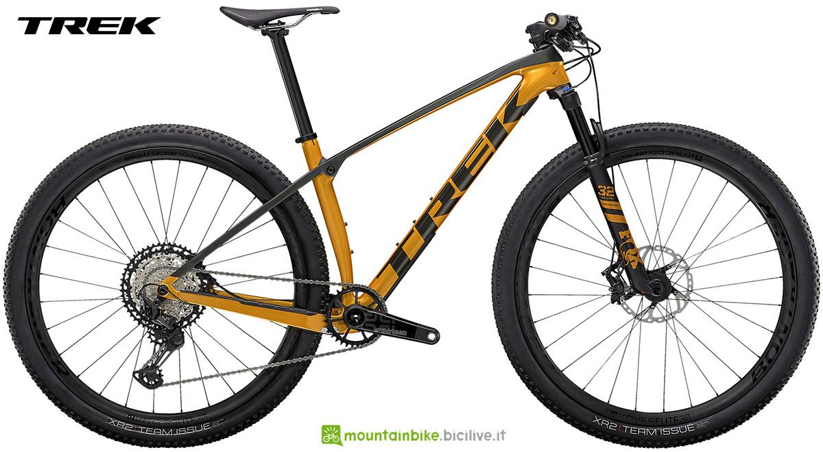 La nuova mountainbike hardtail Trek Procaliber 9.8 2021