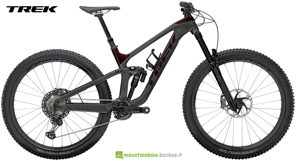 La nuova mountainbike biammortizzata Trek Slash 9.9 XTR 2021