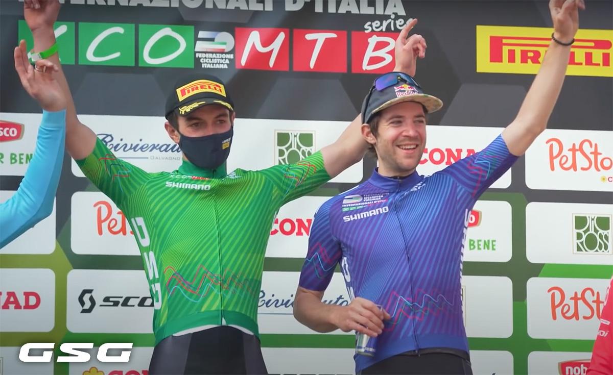 Due podisti dell'Internazionale D'Italia Series 2021 indossano le nuove maglie GSG