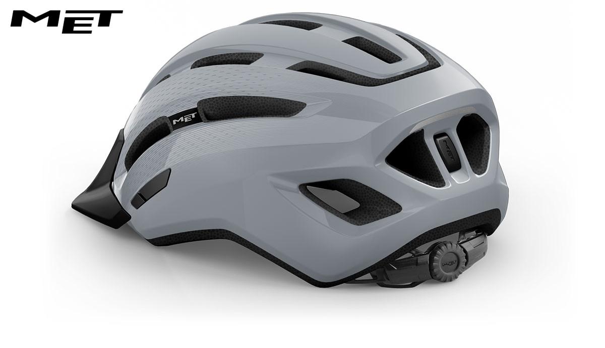 Il nuovo casco per bicicletta Met Downtown Mips 2021 vista posteriormente