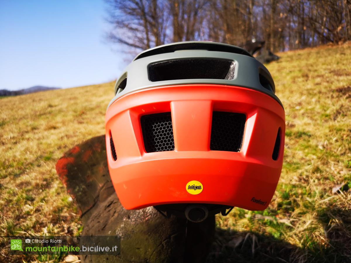Il nuovo casco per mtb Smith Forefront 2 visto posteriormente