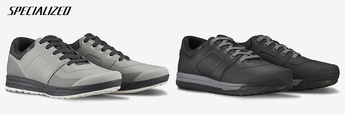 I due modelli di scarpe mtb Specialized 2FO DH 2021 viste di trequarti